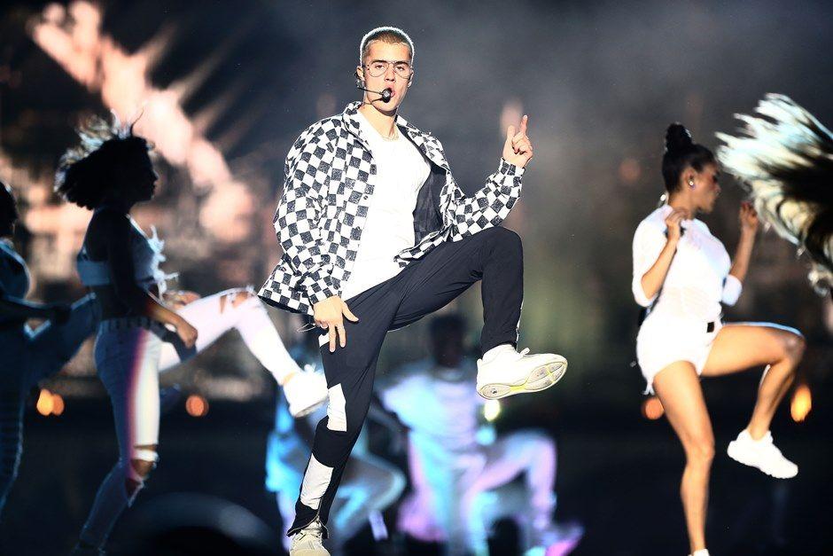 PM prioriza show de Bieber durante tiroteio no Rio