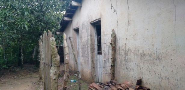 Homem prende irmã em casa por 16 anos no CE