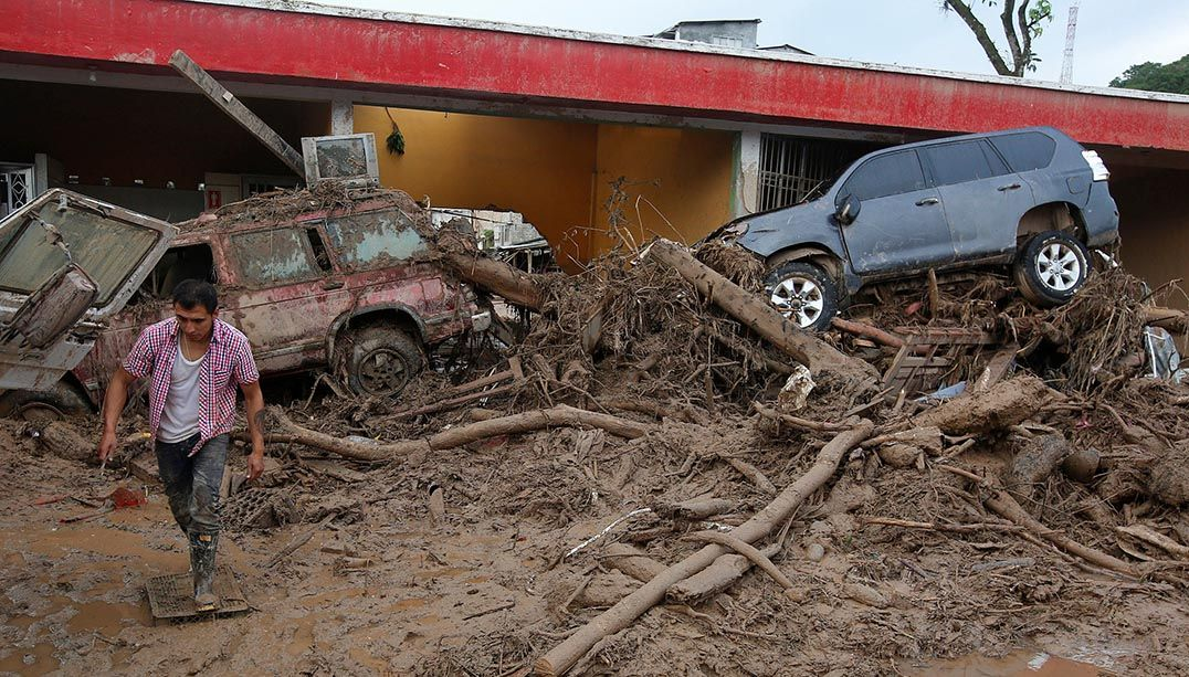 Sobe para 314 número de mortos em tragédia na Colômbia