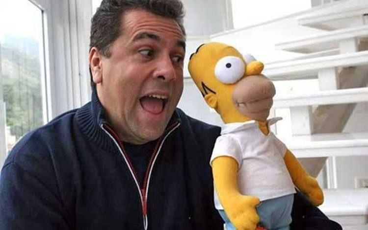 Carlos Alberto é o dublador de Homer / Divulgação