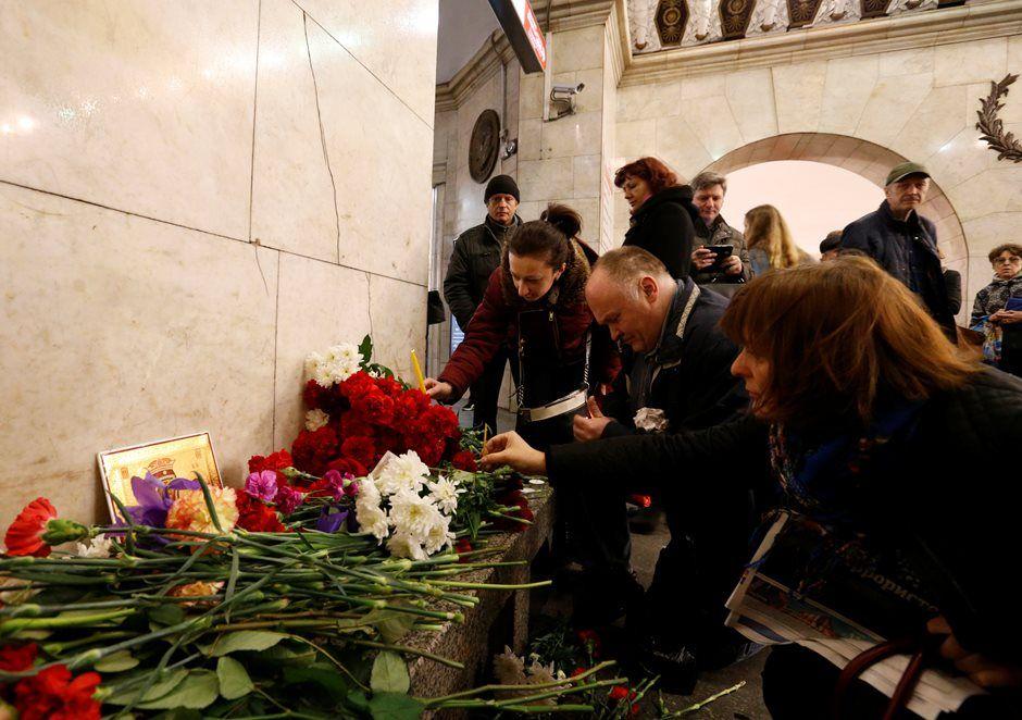 Rússia: número de mortos em explosão no metrô sobe para 14