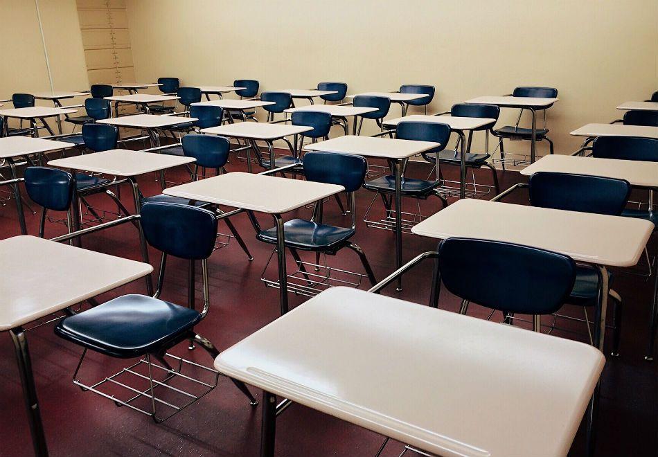 Rosely Sayão avalia: dados sobre evasão escolar são assustadores