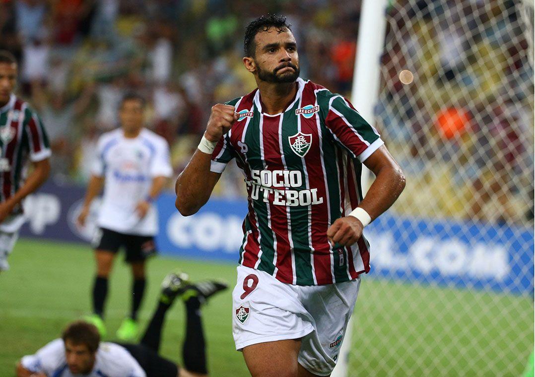 Henrique Dourado treina e deve reforçar Flu na final do Carioca