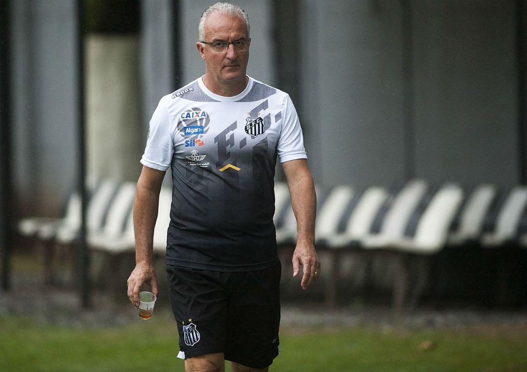 Dorival disse que situação de Zeca já está resolvida na diretoria do Santos  (Foto  Ivan Storti  Santos FC) 90c7b530c922d