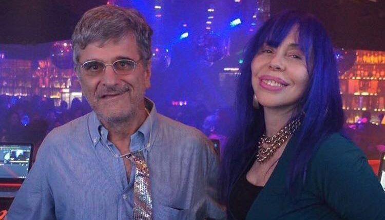 Solteira, Baby do Brasil vai à balada em São Paulo