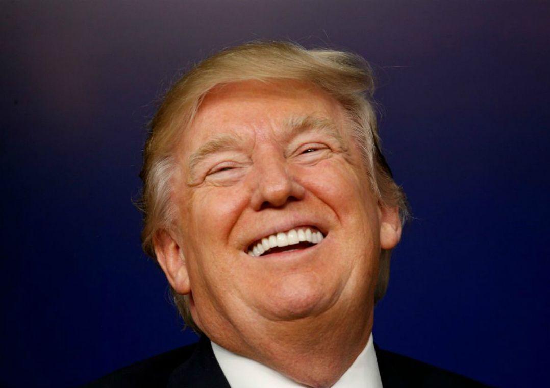 Trump celebra pesquisa que aponta 50% de aprovação da gestão dele
