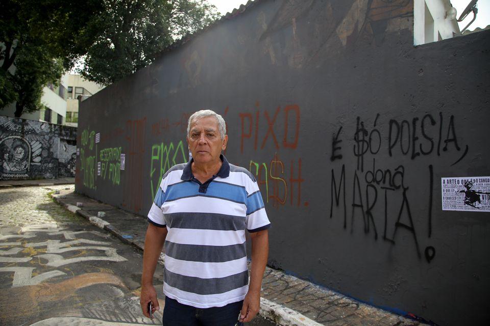 Beco do Batman: morador irá liberar grafites em muro