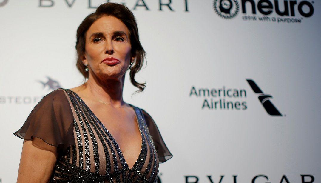 Caitlyn Jenner cogita ter relações com homens