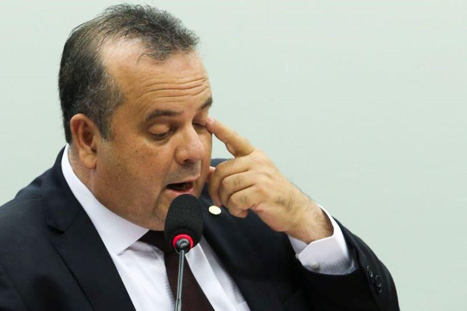 Reforma trabalhista: relator propõe fim da contribuição sindical