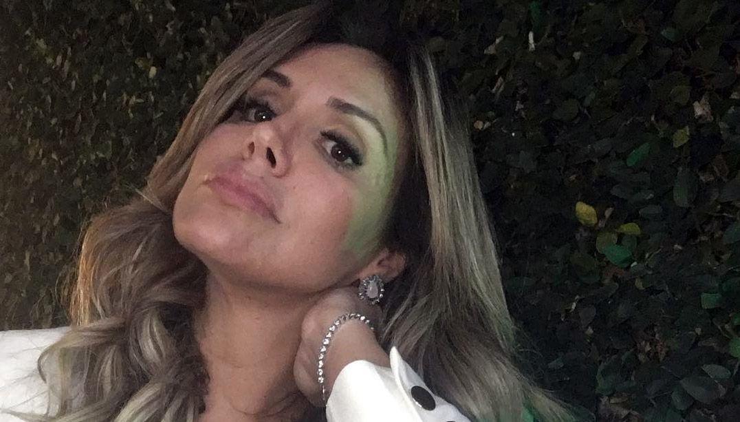 Renata Banhara recebe alta após infecção no cérebro