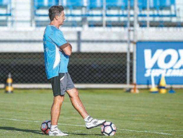 Renato quer atenção total do time para jogo da Libertadores