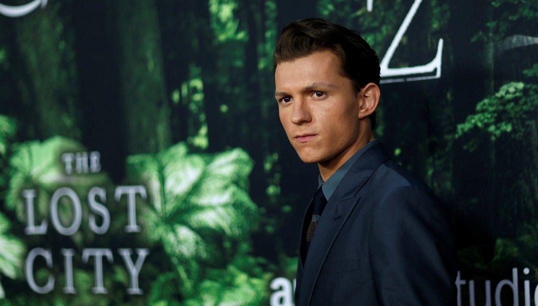 Novo Homem-Aranha vem ao Brasil para lançar filme