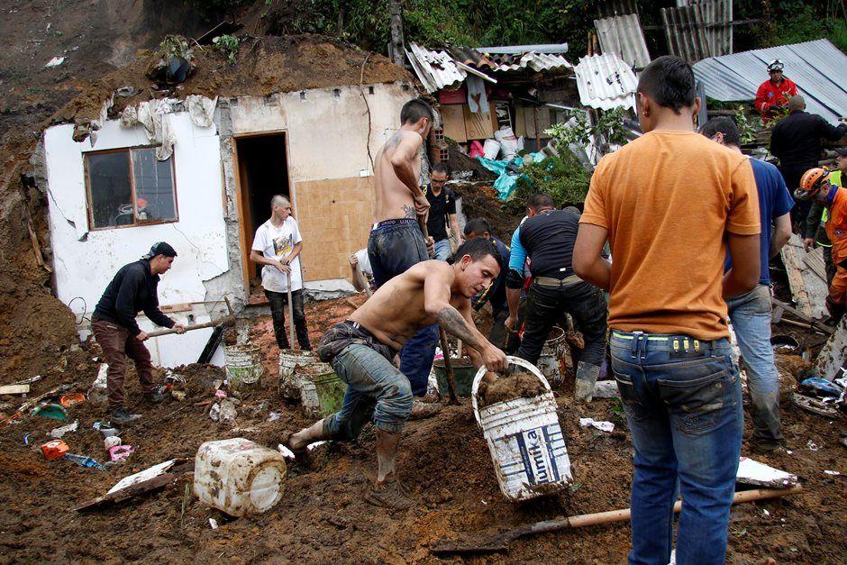 Há cerca de 100 imóveis afetados e 23 feridos / Santiago Osorio/Reuters