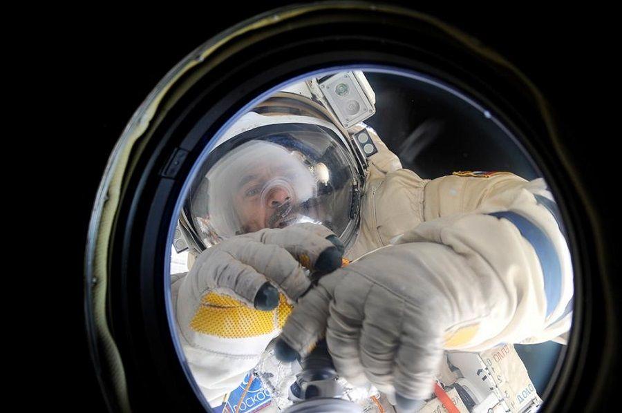 Cosmonautas roncam? Veja curiosidades sobre a vida no espaço