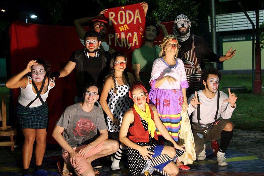 Projeto Roda na Praça apresenta malabarismo, dança, palhaços, entre outras atrações / Divulgação
