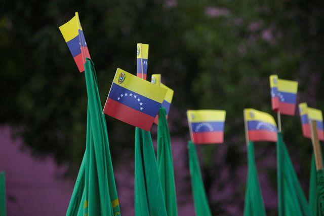 Os venezuelanos devem pedir refúgio à Venezuela para conseguirem trabalhar em outros países  / Jose Luis Gonzalez/Reuters