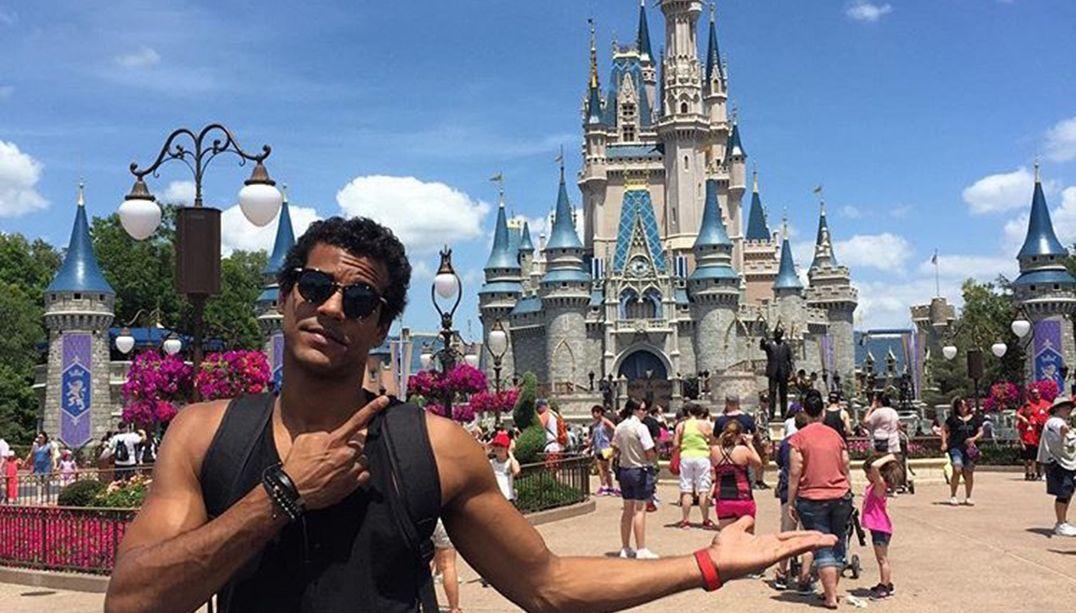 Marcello Melo Jr visita Orlando nas férias