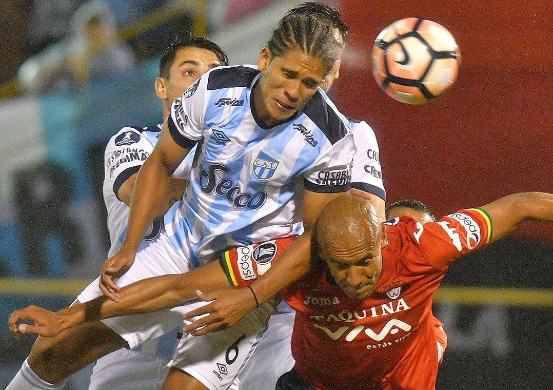 Tucumán vence e embola grupo do Palmeiras