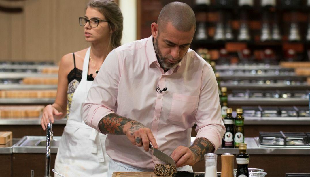 Henrique Fogaça relembra início de sua paixão pela cozinha
