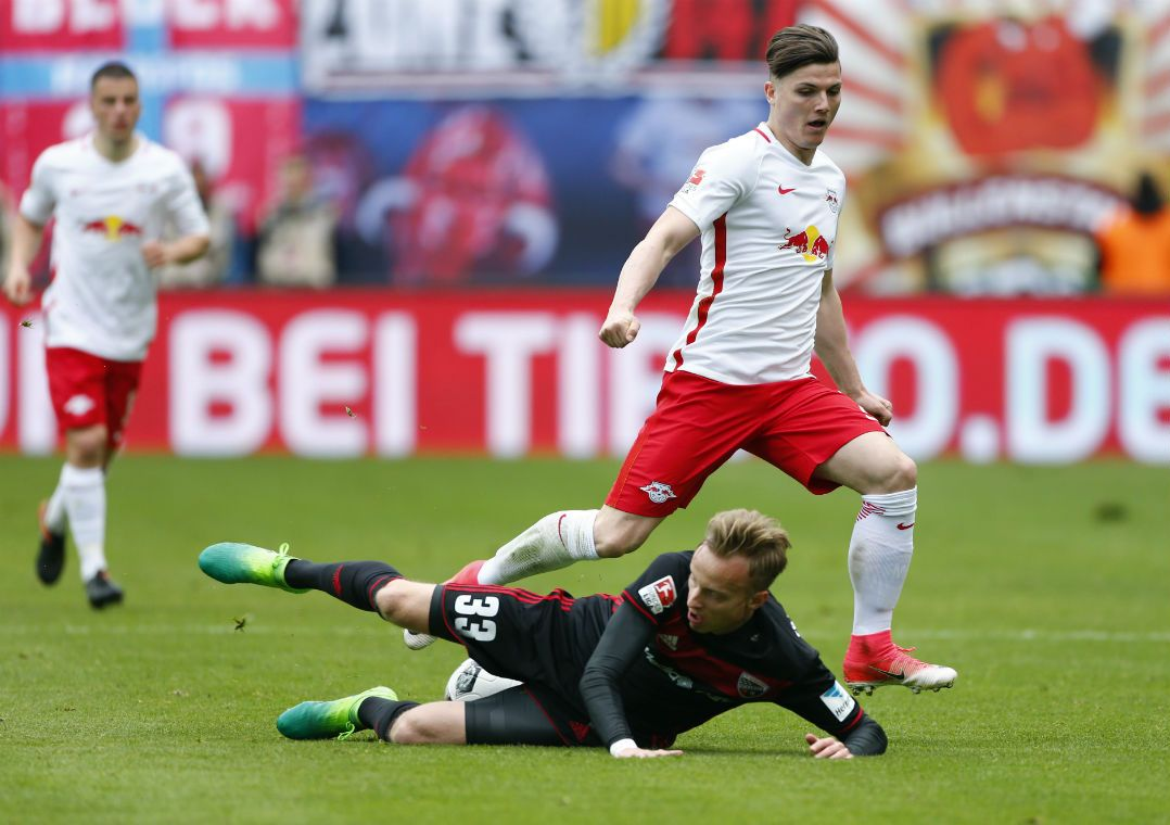 Dortmund e Leipzig tropeçam e facilitam a vida do Bayern