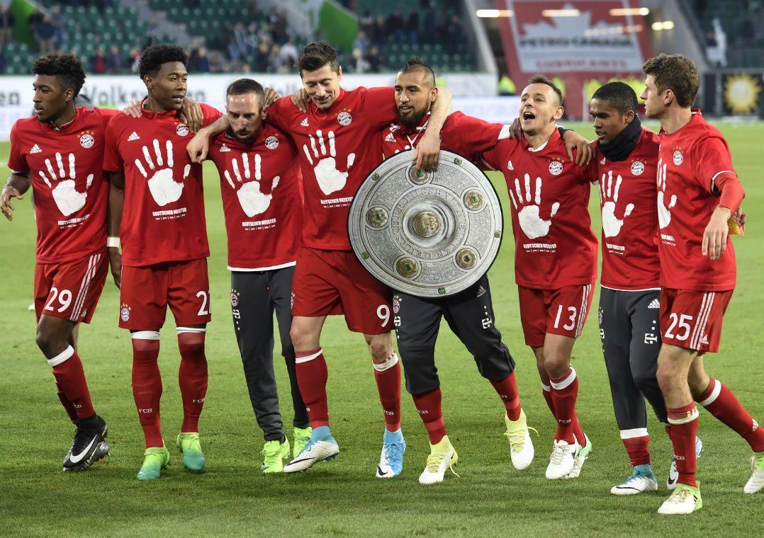Bayern faz 6 a 0 no Wolfsburg e fatura o Alemão antecipadamente
