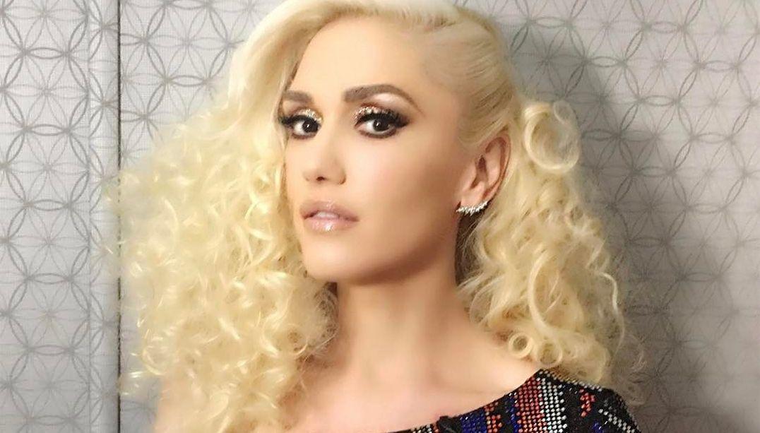 Gwen Stefani rompe tímpano e é internada