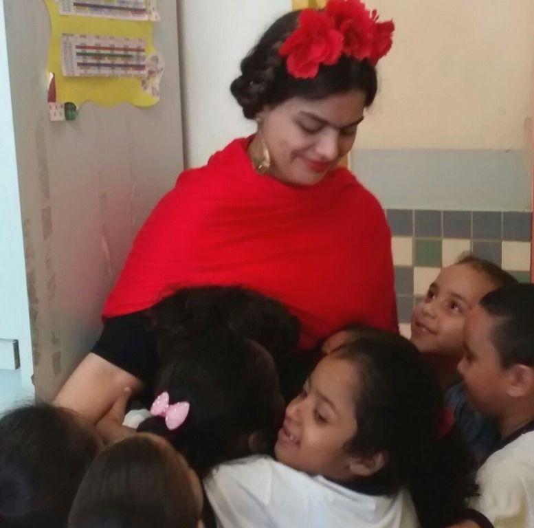 Alunos de 3 a 4 anos ficaram encantados quando 'conheceram' a pintora mexicana / Arquivo pessoal
