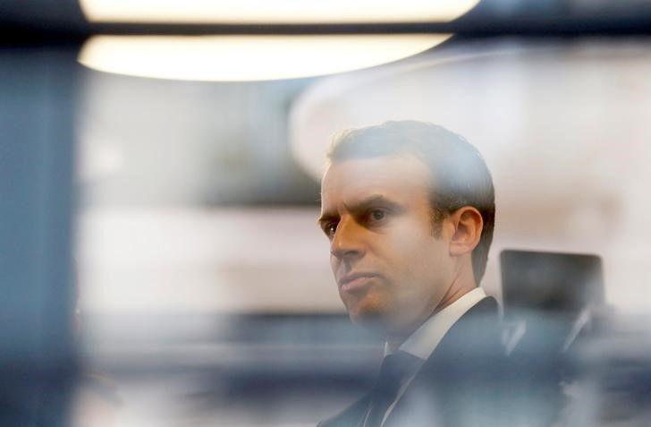 França teme eleição distorcida por vazamento de emails