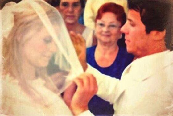 Carol Dieckmann comemora aniversário de casamento