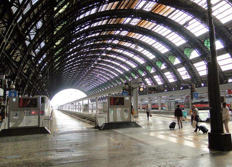 Imigrante se enforca na Estação Central de Milão