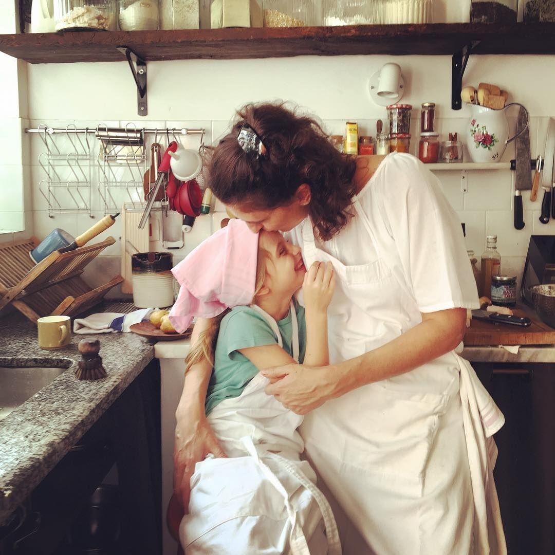 Paola Carosella fala sobre ser mãe sem culpa