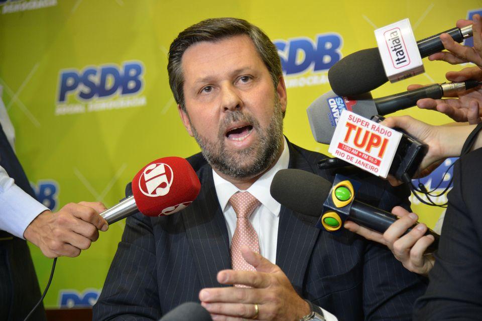 Carlos Sampaio assume presidência do PSDB