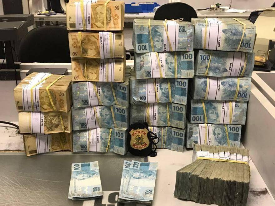 Polícia apreende R$ 2 milhões em operação