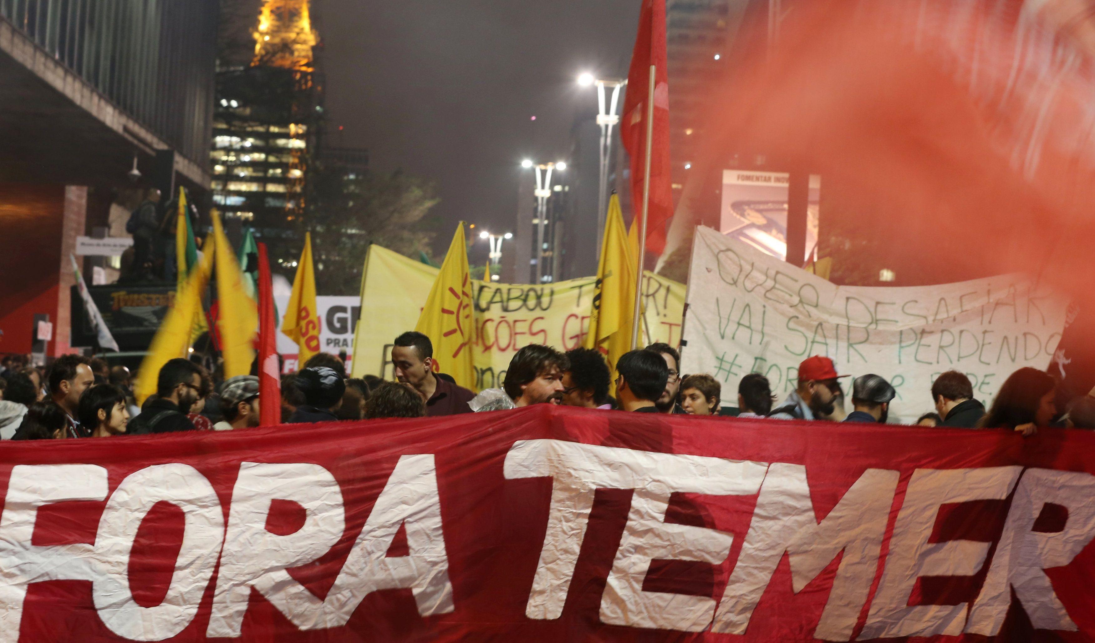Protesto contra o presidente Temer na Avenida Paulista, em São Paulo / Paulo Whitaker/Reuters