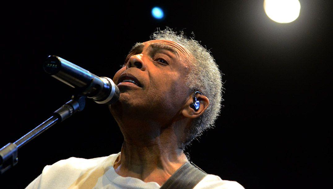 Gilberto Gil foi condecorado no Rio de Janeiro / Paulo Uchôa/Estadão Conteúdo