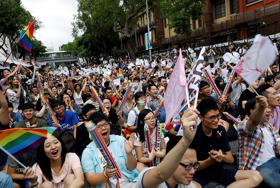 Taiwan dá primeiro passo para regulamentar casamento gay
