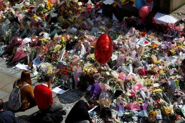 Manchester: Polícia identifica vítimas do ataque