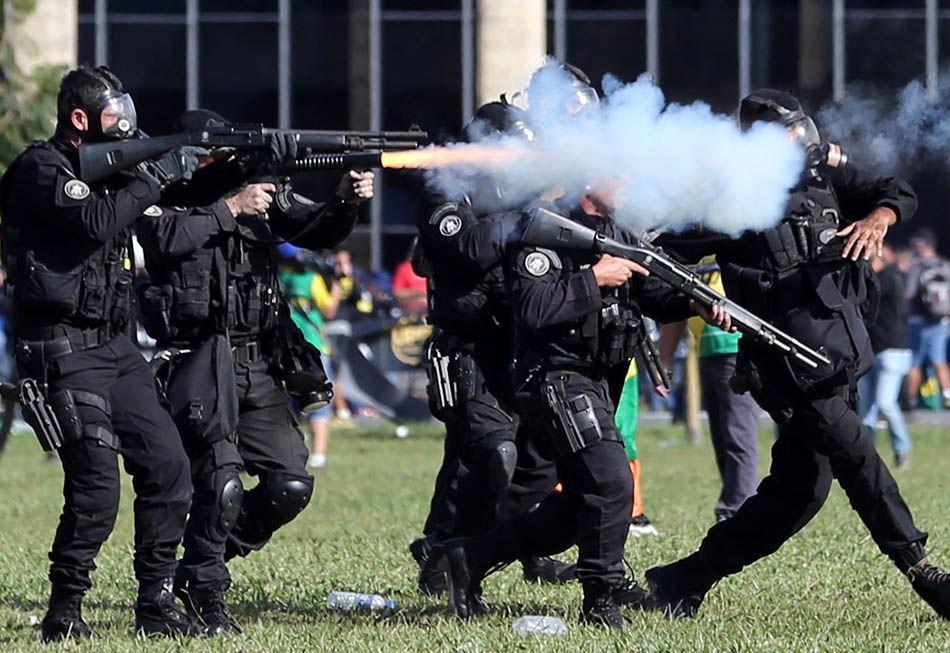 Policiais que usaram armas de fogo nos protestos são identificados
