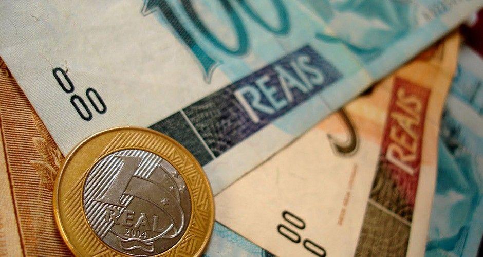 Governo do Rio espera regularizar salários em 60 dias