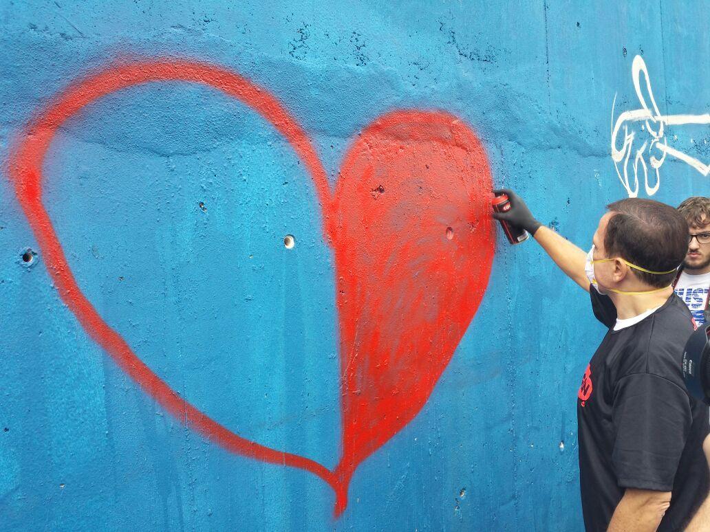 Tucuruvi recebe grafites autorizados pela prefeitura