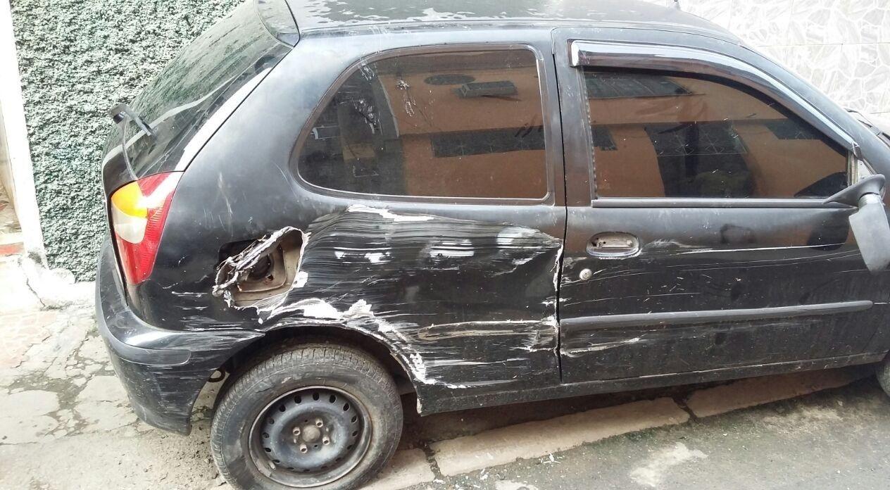 Caveirão destrói carros de moradores no Rio