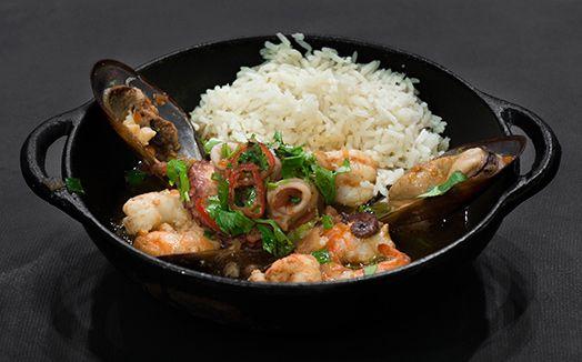 Caldeirada com arroz de coco