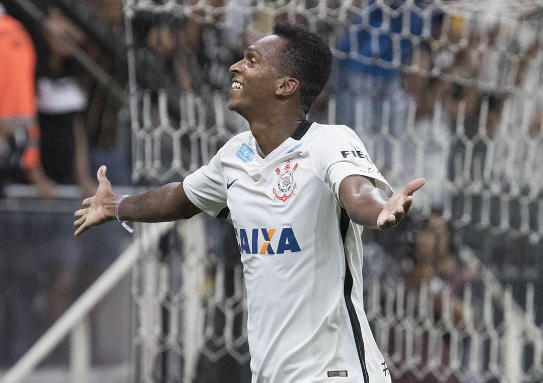 930d68c26a Jô é um dos artilheiros do time com nove gols na temporada (Foto  Daniel  Augusto Jr Corinthians)