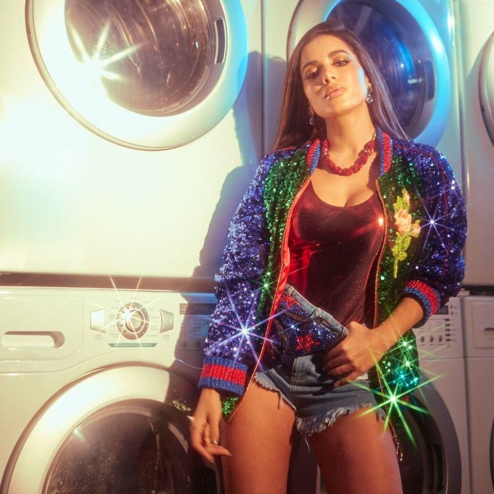 Estilista da Dolce & Gabbana grava vídeo dançando Paradinha