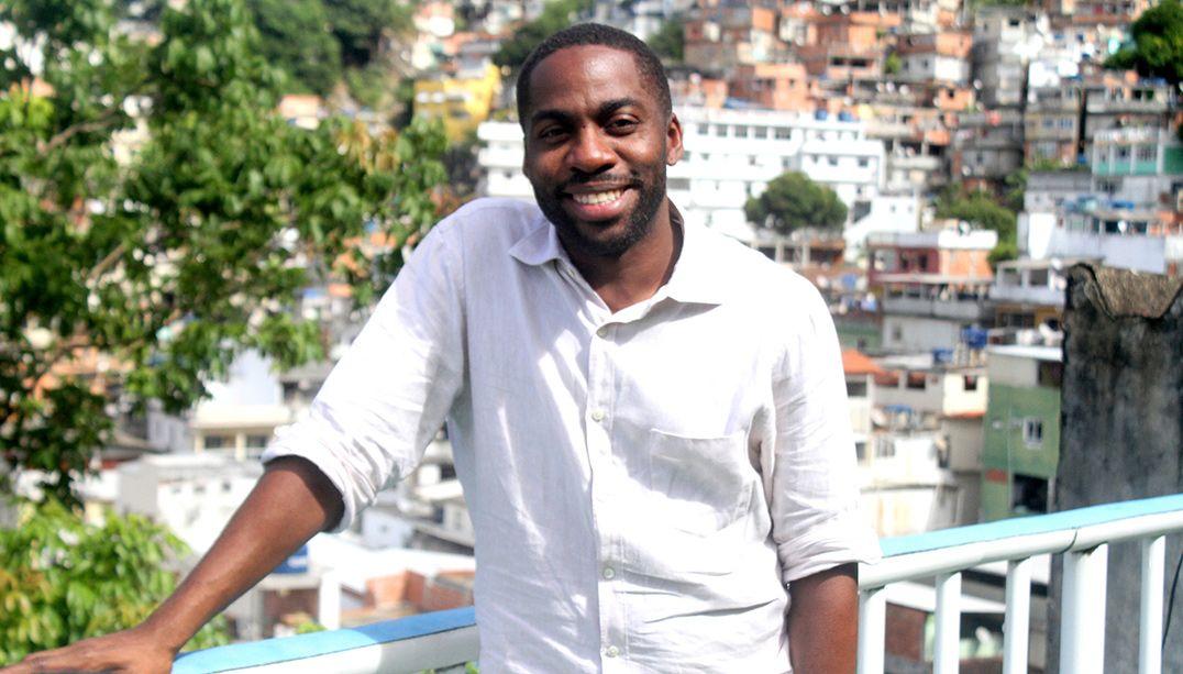 Livro de Lázaro Ramos debate racismo, discriminação e vida pessoal