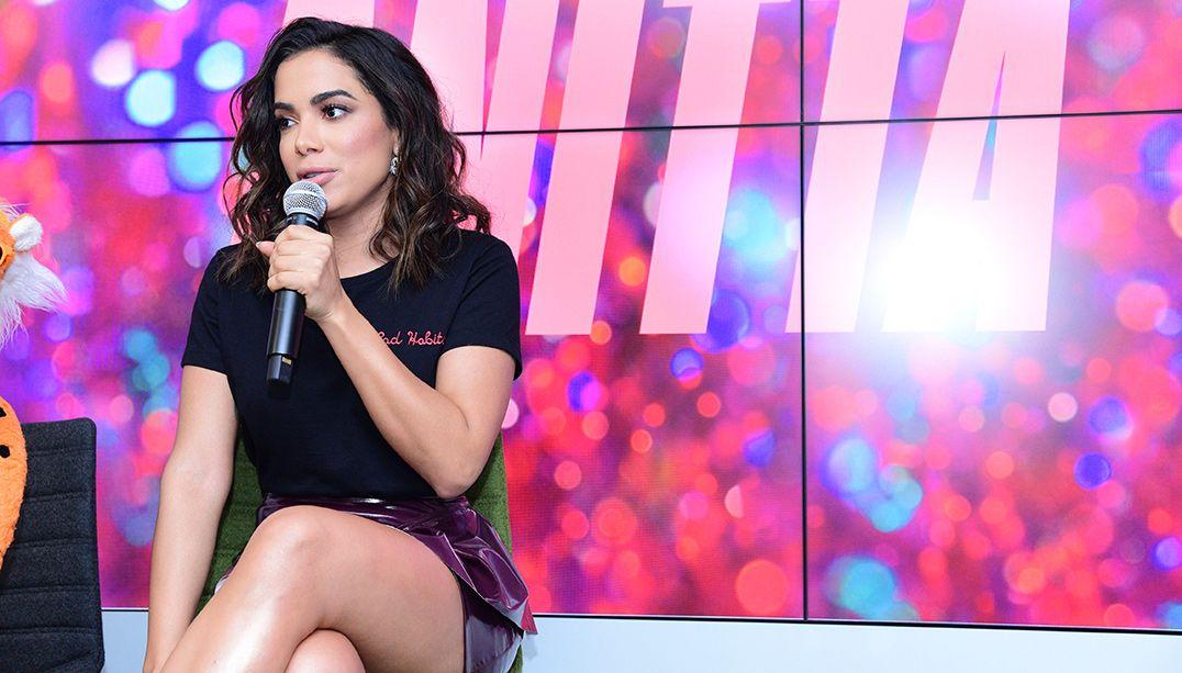 Anitta critica projeto de lei que quer criminalizar o funk