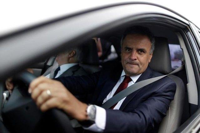 Supremo adia decisão sobre prisão de Aécio Neves