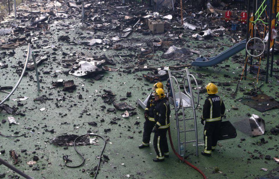 Causa do fogo ainda não foi identificada / Neil Hall/Reuters