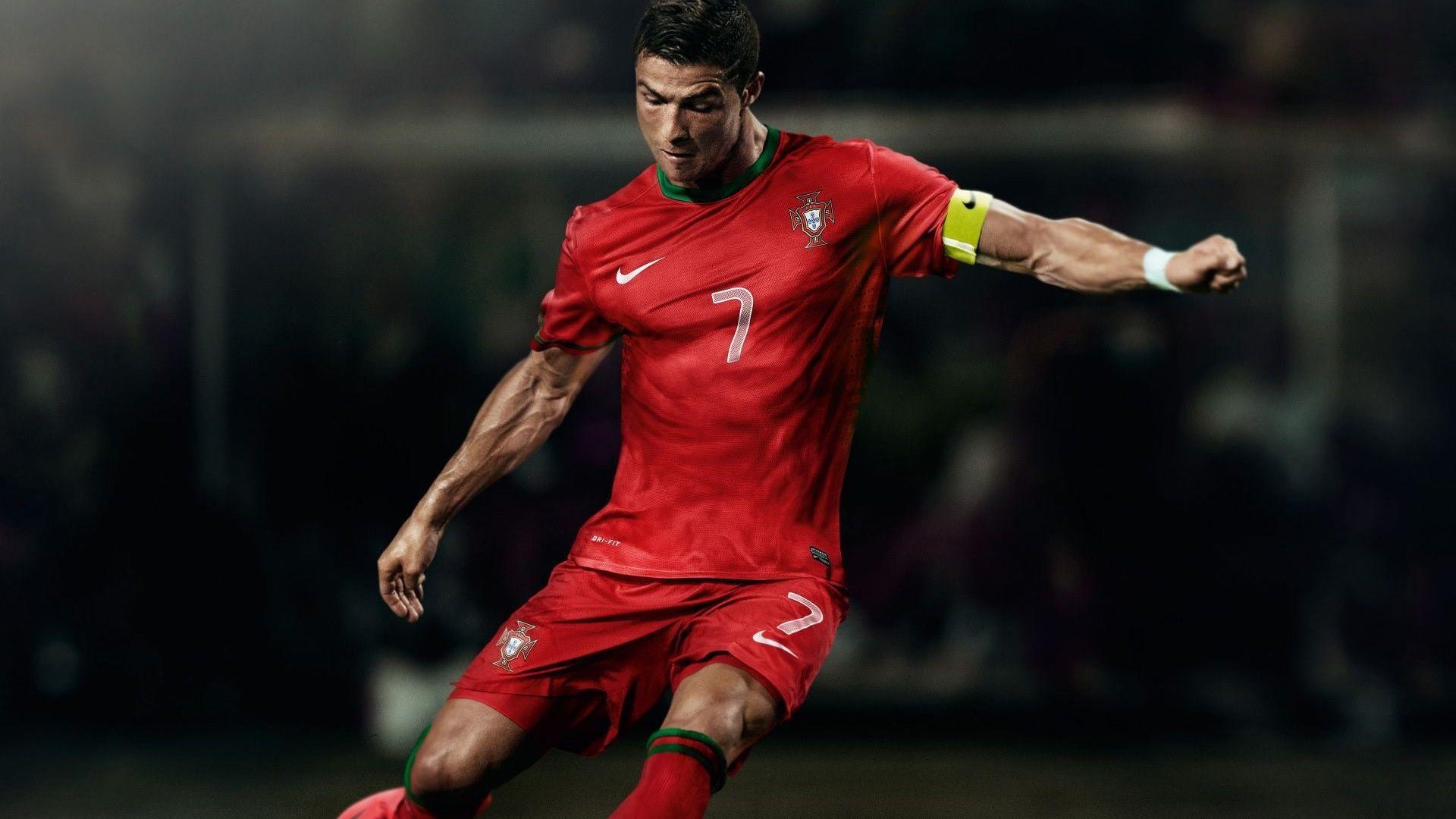 Cristiano Ronaldo é destaque na seleção portuguesa / Divulgação / AFP