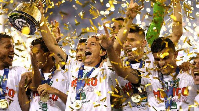 A seleção mexicana venceu o CONCACAF, classificando-se para a Copa das Confederações 2017 / Divulgação / FIFA